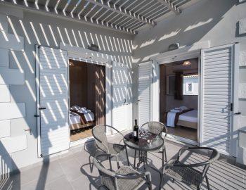 villa-alkea-nidri-lefkada-greece-balcony