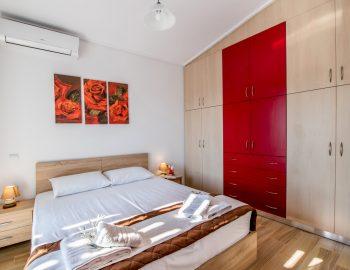 villa-alkea-nidri-lefkada-greece-double-bedroom-with-wardrobes