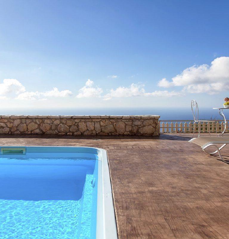 villa-arenaria-chortata-lefkada-greece-cover-photo-39fpbrt4tf8slunafo6dxm_1