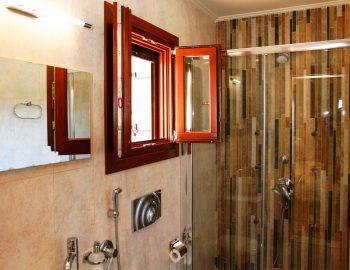 villa-belvedere-corfu-greece-bathroom