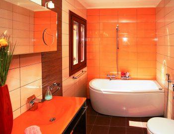 villa-belvedere-corfu-greece-family-bathroom