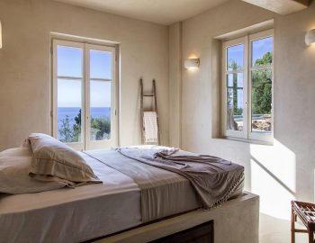 villa-da-lula-agios-nikitas-lefkada-double-bedroom-with-sea-view