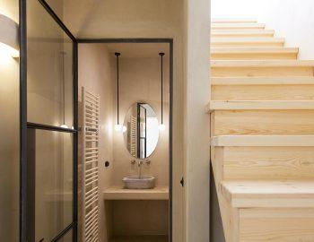 villa-da-lula-agios-nikitas-lefkada-luxury-bathroom-staircase