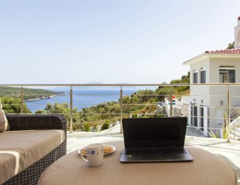 villa-de-ewelina-lefkada-greece-view-from-private-balcony