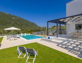 villa-dion-corfu-greece-villa-garden-view