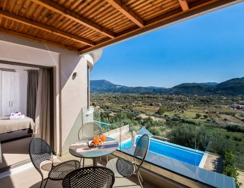 villa-drakatos-mare-vasiliki-lefkada-balcony-with-pool-and-mountain-view