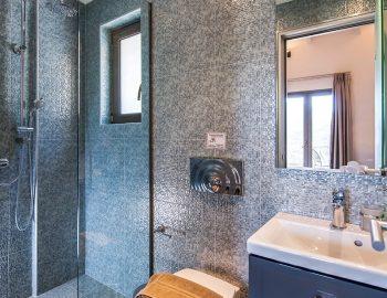 villa-drakatos-mare-vasiliki-lefkada-bathroom