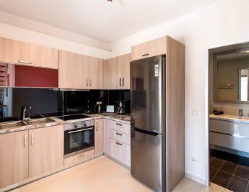 villa-drakatos-mare-vasiliki-lefkada-fully-equipped-kitchen-with-wc