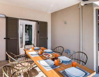 villa-drakatos-mare-vasiliki-lefkada-outdoor-dining