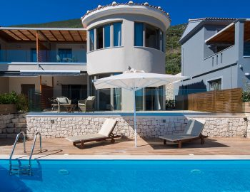 villa-drakatos-mare-vasiliki-lefkada-pool-view-of-accommodation