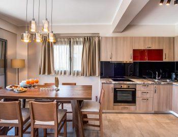 villa-drakatos-ostria-vasiliki-lefkas-dining-kitchen-area