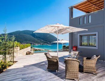 villa-drakatos-ostria-vasiliki-lefkas-outdoor-dining-with-pool-view