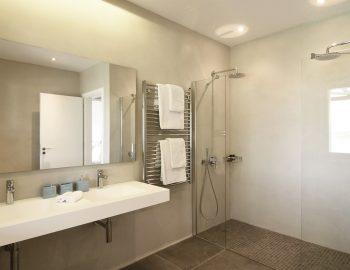 villa-elianna-corfu-greece-bathroom