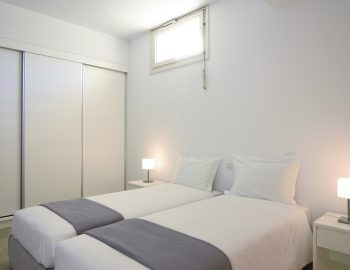 villa-elianna-corfu-greece-lower-ground-twin-bedroom