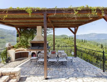villa-eri-corfu-greece-outdoor-dining-bbq