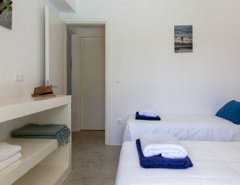 villa-galini-mikros-gialos-lefkada-greece-bedroom