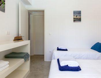 villa-galini-mikros-gialos-lefkada-greece-bedroom-luxury