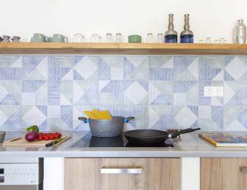 villa-galini-mikros-gialos-lefkada-greece-kitchen