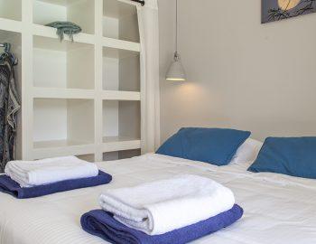 villa-galini-mikros-gialos-lefkada-greece-modern-luxury-bedroom