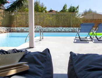 villa-galini-mikros-gialos-lefkada-greece-outdoor-cushions-pool-area