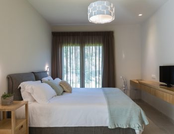 villa-laniras-corfu-greece-master-bedroom