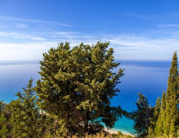 villa-mple-on-blue-athani-lefkada-greece-view-of-gialos-beach
