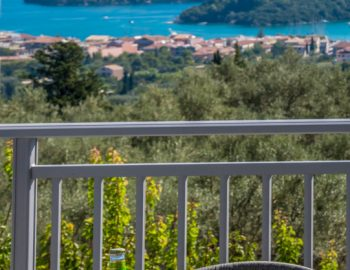 villa-myrtia-nidri-lefkada-greece-balcony-with-sea-views