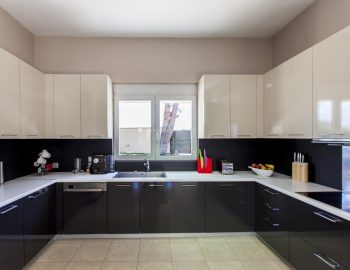 villa-nikopolis-preveza-greece-fully-equipped-kitchen_1
