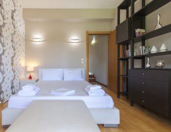 villa-nikopolis-preveza-greece-luxury-bedroom1_1