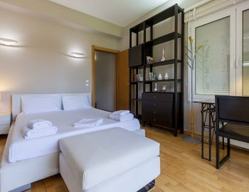 villa-nikopolis-preveza-greece-luxury-bedroom_1