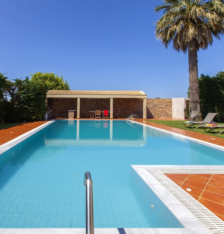 villa-nikopolis-preveza-greece-private-pool-area-cover-photo