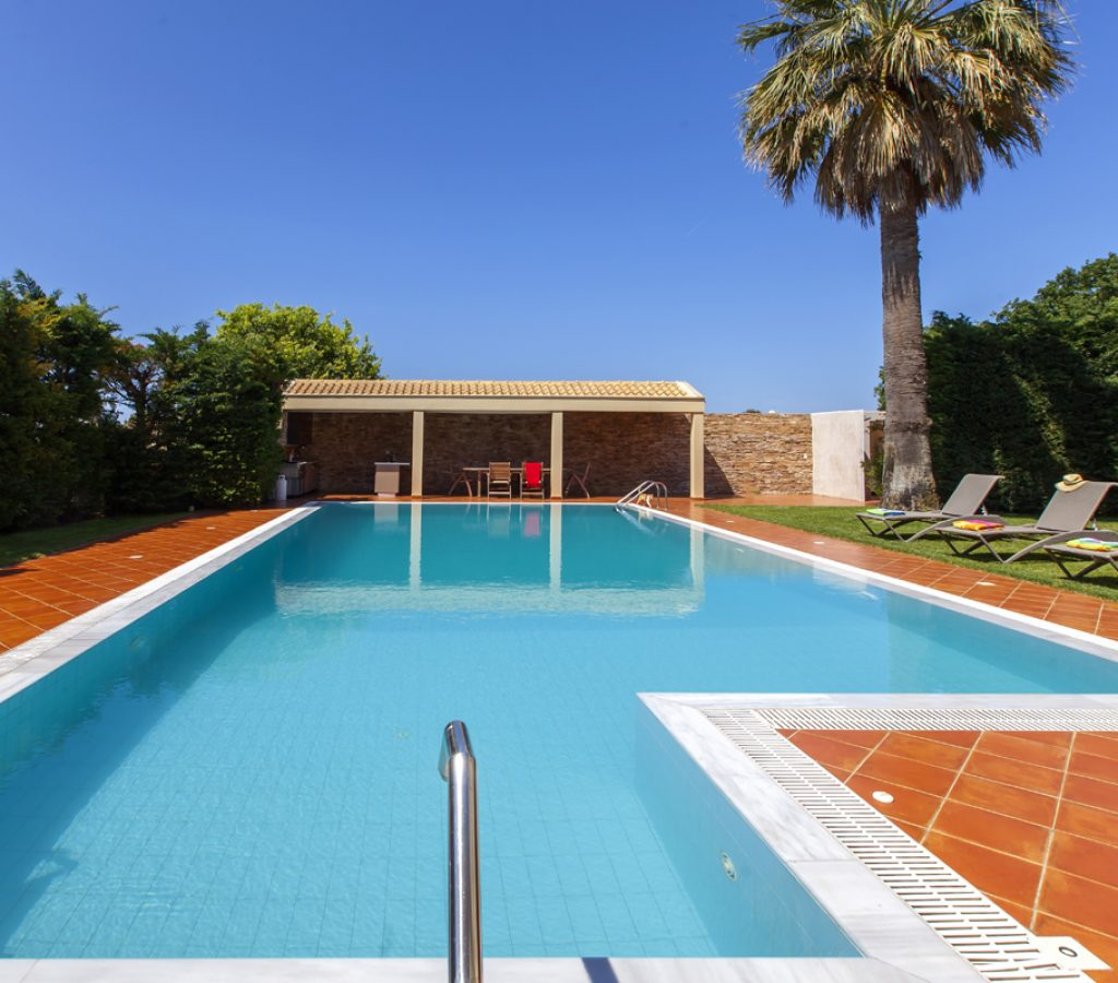 villa-nikopolis-preveza-greece-private-pool-area-cover-photo