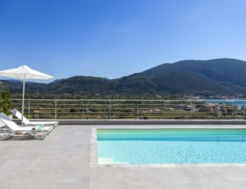 villa-o-offwhite-vasiliki-lefkada-greece-private-pool