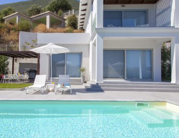 villa-o-offwhitevasiliki-lefkada-greece-pool-view