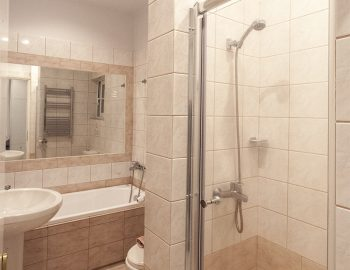 villa-poseidon-nikiana-lefkada-greece-upstairs-ensuite-bathroom