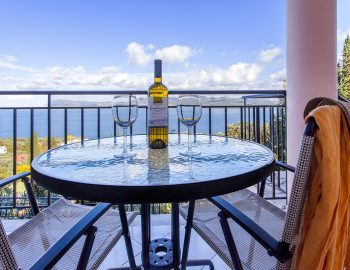 villa-poseidon-nikiana-lefkada-lefkas-greece-outdoor-dining