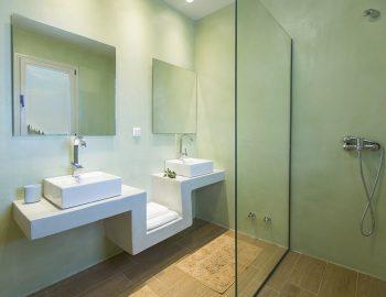 villa-ranna-corfu-greece-luxury-family-bathroom