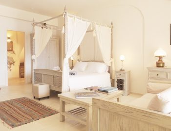 villa-seaview-corfu-greece-bedroom-master