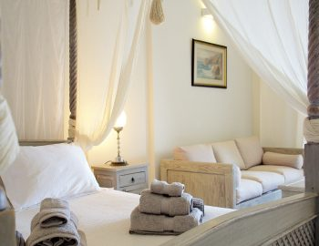 villa-seaview-corfu-greece-master-bedroom