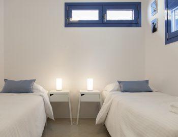 villa-selini-mikros-gialos-lefkada-greece-childrens-bedroom