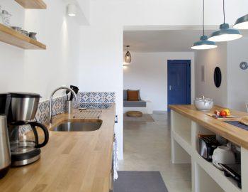 villa-selini-mikros-gialos-lefkada-greece-fully-equipped-kitchen