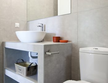 villa-selini-mikros-gialos-lefkada-greece-luxury-bathroom