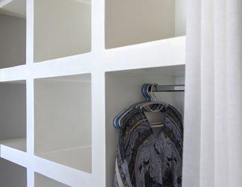 villa-selini-mikros-gialos-lefkada-greece-traditional-closet-feature