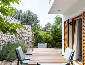 villa-sivros-lefkada-lefkas-accommodation-outdoor-seating-area