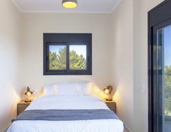 villa-sunset-kalamitsi-lefkada-greece-upstairs-double-bedroom-with-balcony