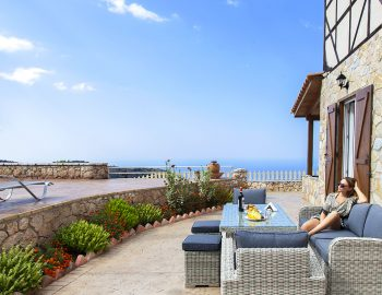 villa-vissala-arnebia-accommodation-lefkada-lefkas-outdoor-seating-girl-sitting-down