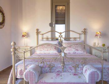 villa-zogianna-nikiana-lefkada-lefkas-master-bedroom