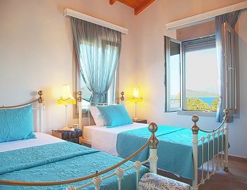 villa-zogianna-nikiana-lefkada-lefkas-twin-bedroom-luxury